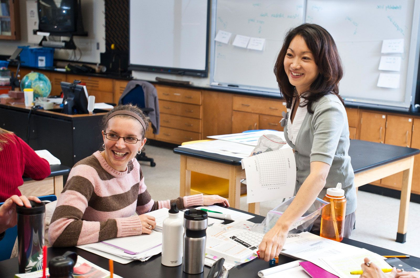 Dr. Jennifer Suh in classroom